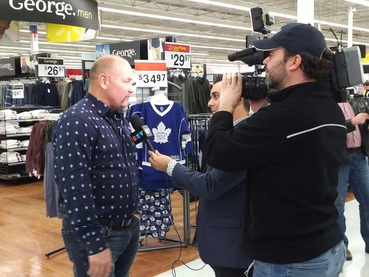 Book tour - walmart barrie 1